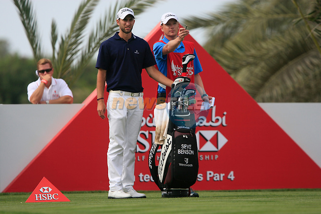 Seve Benson prepares to tee off on the 14th tee during Thusday Day 1 of the Abu Dhabi HSBC Golf Championship, 20th January 2011..(Picture Eoin Clarke/www.golffile.ie)