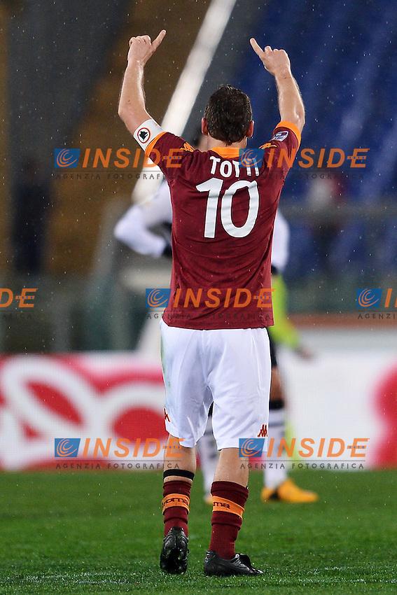 Esultanza di Francesco Totti dopo il gol 2-0 .Goal celebration .Roma 17/03/2013 Stadio Olimpico.Football Calcio 2012/2013 Serie A.Roma Vs Parma 2-0.Foto Andrea Staccioli Insidefoto