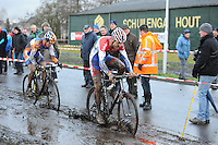 WIELRENNEN: SURHUISTERVEEN: Centrumcross, 20-12-11, Niels Wubben, Lars Boom, ©foto: Martin de Jong