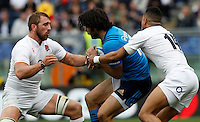 Rugby, Torneo delle Sei Nazioni: Italia vs Inghilterra. Roma, 14 febbraio 2016.<br /> Italy&rsquo;s Michele Campagnaro, center, is challenged by England&rsquo;s Chris Robshaw, left, and Anthony Watson during the Six Nations rugby union international match between Italy and England at Rome's Olympic stadium, 14 February 2016.<br /> UPDATE IMAGES PRESS/Riccardo De Luca
