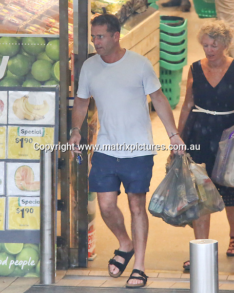 22 MARCH 2017 SYDNEY AUSTRALIA<br /> WWW.MATRIXPICTURES.COM.AU<br /> <br /> EXCLUSIVE PICTURES<br /> <br /> Karl Stefanovic pictured at his local Woolworths stocking up on some groceries and household items with his mother. <br /> <br /> Note: All editorial images subject to the following: For editorial use only. Additional clearance required for commercial, wireless, internet or promotional use.Images may not be altered or modified. Matrix Media Group makes no representations or warranties regarding names, trademarks or logos appearing in the images.