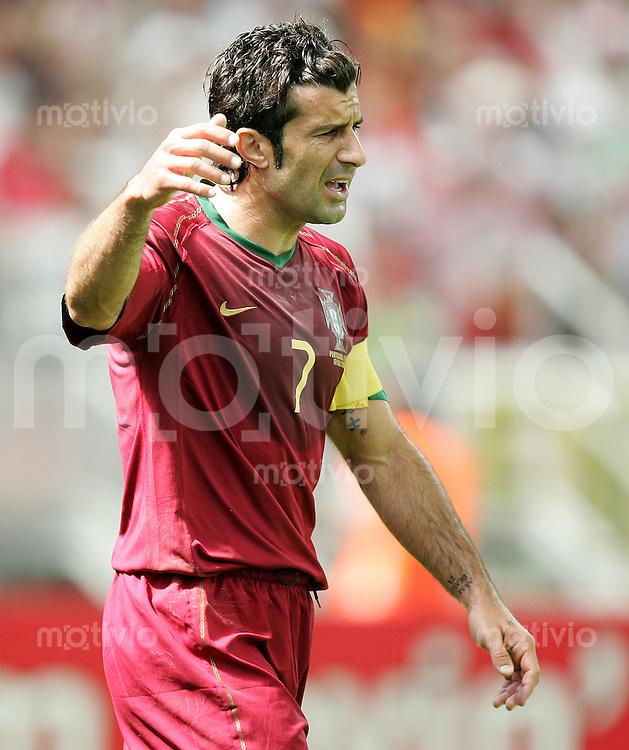 Fussball WM 2006 Gruppenspiel Gruppe D Vorrunde in Frankfurt Portugal - Iran Luis Figo (POR) gestikuliert.