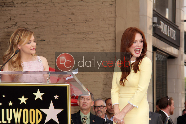Chloe Grace Moretz, Julianne Moore<br />