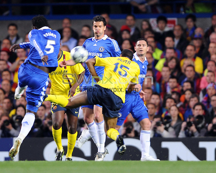 PICTURE BY JEREMY RATA/SWPIX.COM.  UEFA Champions League Semi Final 2008/9 - Chelsea v Barcelona - Stamford Bridge, .London, England. 6th May 2009. Chelseas Michael Essien fires in the opening goal..Copyright - Simon Wilkinson - 07811267706