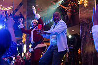 Office Christmas Party (2016)<br /> T.J. Miller &amp; Courtney B. Vance<br /> *Filmstill - Editorial Use Only*<br /> CAP/KFS<br /> Image supplied by Capital Pictures