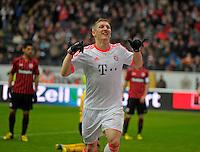 Football: Germany, 1. Bundesliga, FC Bayern Muenchen, Frnakfurt, 06.04.2013.Bastian Schweinsteiger celebrates scoring.©pixathlon.