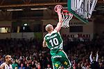 S&ouml;dert&auml;lje 2014-04-22 Basket SM-Semifinal 7 S&ouml;dert&auml;lje Kings - Uppsala Basket :  <br /> S&ouml;dert&auml;lje Kings Martin Pahlmblad g&ouml;r po&auml;ng i slutet av matchen<br /> (Foto: Kenta J&ouml;nsson) Nyckelord:  S&ouml;dert&auml;lje Kings SBBK Uppsala Basket SM Semifinal Semi T&auml;ljehallen