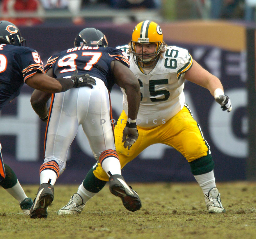 Mark Tauscher, of the Green Bay Packers in game action against the  Chicago Bears on 1/2/05.Packers win 14-31..David Durochik / SportPics
