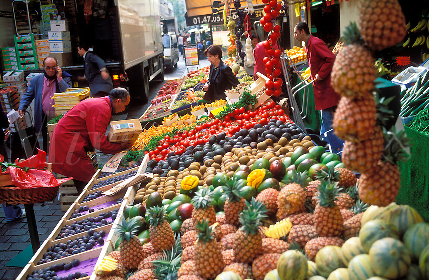 France, Paris, Fresh produce on Rue Cler a street market