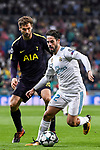 Isco Alarcon of Real Madrid (front) fights for the ball with Fernando Llorente of Tottenham Hotspur FC (back) during the UEFA Champions League 2017-18 match between Real Madrid and Tottenham Hotspur FC at Estadio Santiago Bernabeu on 17 October 2017 in Madrid, Spain. Photo by Diego Gonzalez / Power Sport Images