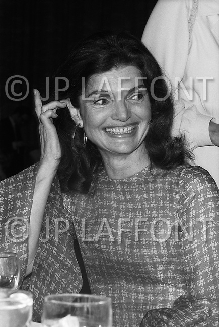 Jackie Kennedy Onasis, former American First Lady (John F. Kennedy's widow) and wife of Greek shipping magnate Aristotle Onassis, at the fund raising dinner held by The Democratic Study Group in honour of Governor W. Averell Harriman, at the Sheraton Park Hotel in Washington. She was one of the special guests at the event.