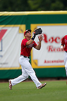 Stony Brook Seawolves outfielder Kevin Goldstein #16 tracks a fly ball during the NCAA Super Regional baseball game against LSU on June 9, 2012 at Alex Box Stadium in Baton Rouge, Louisiana. Stony Brook defeated LSU 3-1. (Andrew Woolley/Four Seam Images)