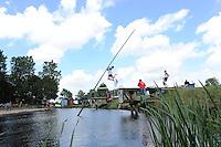 FIERLJEPPEN: JOURE: Accommodatie Koarte Ekers, Fierljepvereniging De Lege Wâlden Joure, 23-06-2012, 1e Klas wedstrijd, overzicht schans, ©foto Martin de Jong