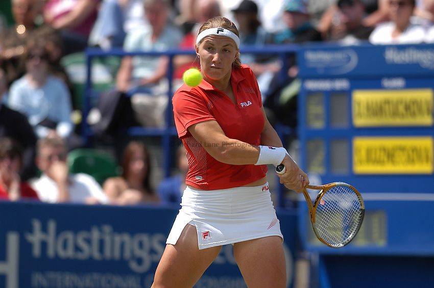 Photo:Alan Crowhurst..Hastings Direct International Championship Final at Eastbourne.19/06/2004..Svetlana Kuznetsova.