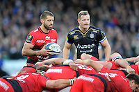 Sebastien Tillous-Borde of Toulon and Chris Cook of Bath Rugby at a scrum. European Rugby Champions Cup match, between Bath Rugby and RC Toulon on January 23, 2016 at the Recreation Ground in Bath, England. Photo by: Patrick Khachfe / Onside Images