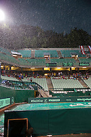 Austria, Kitzbühel, Juli 17, 2015, Tennis, Davis Cup, Second match between Robin Haase (NED and Andreas Haider-Maurer (AUT), pictured : a thunderstorm moves over and play gets suspended<br /> Photo: Tennisimages/Henk Koster