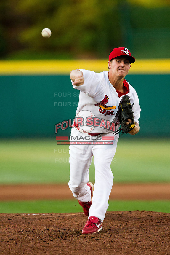 Seth Maness (27) of the Springfield Cardinals delivers a pitch during a game against the Arkansas Travelers at Hammons Field on June 12, 2012 in Springfield, Missouri. (David Welker/Four Seam Images).