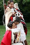 hug Native American Indian family Lakota Sioux Indians historical life culture love united states child children kids; female woman women girl girls mom mother ma mum kinder red coats Greifenhagen 468-2260 MR 387i to 388u n 390i 391u n 394i 395u