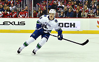 WASHINGTON, DC - FEBRUARY 05: Vancouver Canucks center Elias Pettersson (40) reads the play during the Vancouver Canucks vs. the Washington Capitals NHL game at Capital One Arena in Washington, D.C.. (Photo by Randy Litzinger/Icon Sportswire)