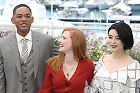 WILL SMITH, JESSICA CHASTAIN AND FAN BINGBING - PHOTOCALL OF JURY AT THE 70TH FESTIVAL OF CANNES 2017