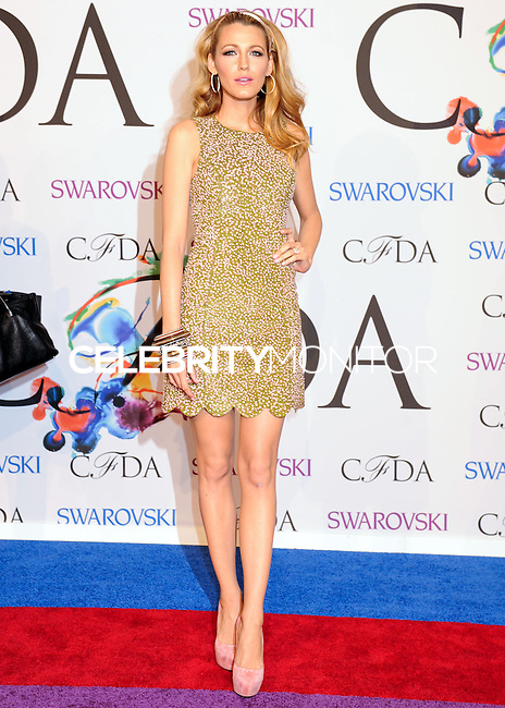 NEW YORK CITY, NY, USA - JUNE 02: Blake Lively arrives at the 2014 CFDA Fashion Awards held at Alice Tully Hall, Lincoln Center on June 2, 2014 in New York City, New York, United States. (Photo by Celebrity Monitor)
