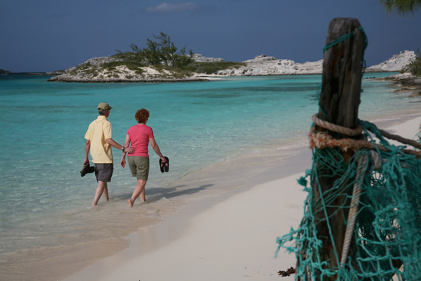 Couple on Pirate's Beach, STaniel CAy, Exumas, Bahamas