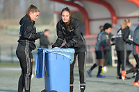 20170118 - TUBIZE , Belgium : Davinia Vanmechelen and Tessa Wullaert pictured during a training session of the Belgian national women's soccer team Red Flames during their winter camp, on the 18 th of January in Tubize. PHOTO DIRK VUYLSTEKE | Sportpix.be