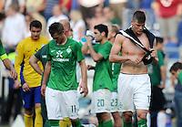 FUSSBALL   1. BUNDESLIGA   SAISON 2011/2012    8. SPIELTAG Hannover 96 - SV Werder Bremen                             02.10.2011 Sebastian PROEDL (re, Werder Bremen) ist nach dem Abpfiff enttaeuscht