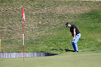 Lee Slattery (ENG) chips onto the 13th green during Sunday's Final Round 4 of the 2018 Omega European Masters, held at the Golf Club Crans-Sur-Sierre, Crans Montana, Switzerland. 9th September 2018.<br /> Picture: Eoin Clarke | Golffile<br /> <br /> <br /> All photos usage must carry mandatory copyright credit (© Golffile | Eoin Clarke)