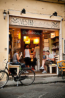 Vestri, chocolate boutique and gelateria in Florence, makers of fine quality Italian artisan chocolate and gelato, Italy
