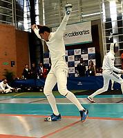 BOGOTA – COLOMBIA – 26 – 05 – 2017: Jaime Rodriguez (Izq.) de Colombia, celebra la victoria sobre Reyner Henriquez (Der.) de Cuba, durante Varones Mayores Epee del Gran Prix de Espada Bogota 2017, que se realiza en el Centro de Alto Rendimiento en Altura, del 26 al 28 de mayo del presente año en la ciudad de Bogota.  / Jaime Rodriguez (L) from Colombia, celebrates the victory over Reyner Henriquez (R) from Cuba, during Senior Men´s Epee of the Grand Prix of Espada Bogota 2017, that takes place in the Center of High Performance in Height, from the 26 to the 28 of May of the present year in The city of Bogota.  / Photo: VizzorImage / Luis Ramirez / Staff.