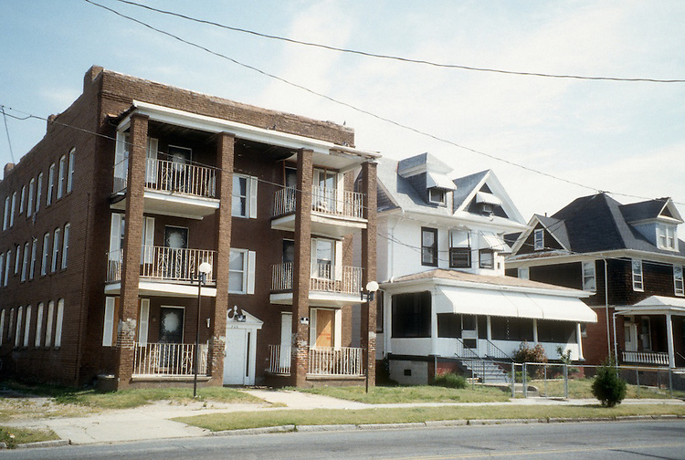 1996 April 23..Conservation.Park Place..35TH STREET...NEG#.NRHA#..
