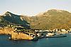Puerto de S&oacute;ller bay with harbour and coastline<br /> <br /> Puerto de S&oacute;ller (cat.: Port Soller) bah&iacute;a con puerto y costa<br /> <br /> Buch von Puerto de S&oacute;ller mit Hafen und K&uuml;ste<br /> <br /> 1840 x 1232 px<br /> Original: 35 mm