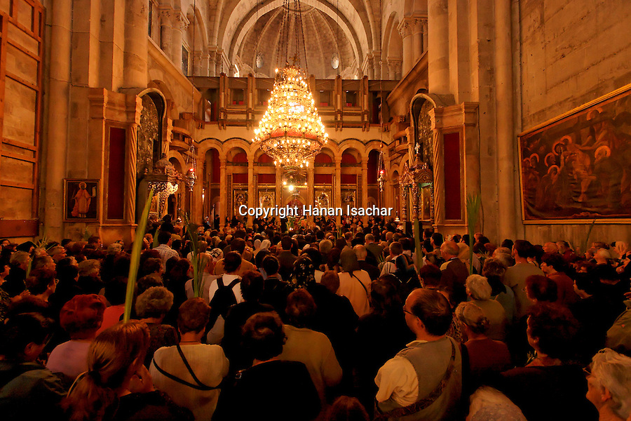 Israel, Jerusalem Old City, Greek Orthodox Palm Sunday ceremony at the Katholikon, the Church of the Holy Sepulchre, 2005<br />