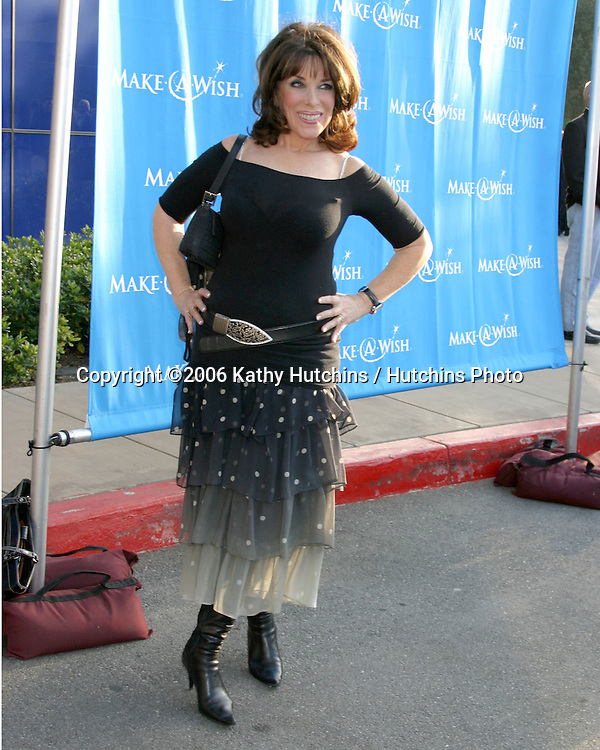 Kate Linder.Make a Wish Foundation Benefit.Pacific Design Center.Los Angeles, CA.May 13, 2006.©2006 Kathy Hutchins / Hutchins Photo....