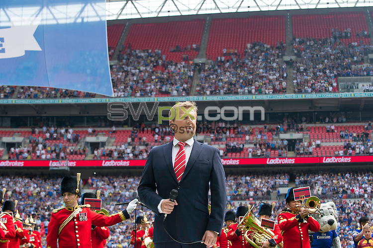 Picture by Allan McKenzie/SWpix.com - 27/08/2016 - Rugby League - Ladbrokes Challenge Cup Final - Hull FC v Warrington Wolves - Wembley Stadium, London, England - Aled Jones prepares to sing the National Anthem at the Ladbrokes Challenge Cup Final.