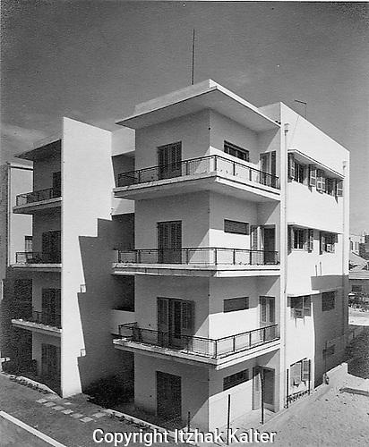 Bauhaus apartment building in Tel Aviv, 1934. Photographed by Itzhak Kalter. The Appenzeller Building.