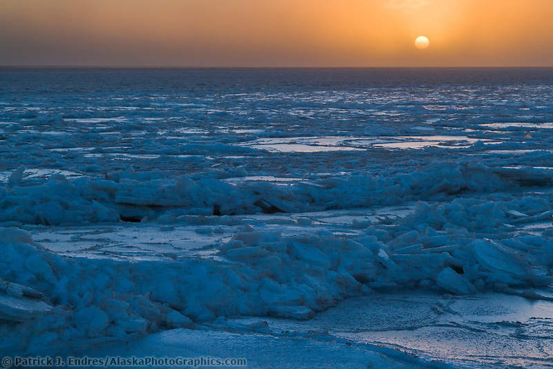 Sunrise over the Beaufort Sea, Barter Island, Arctic, Alaska.