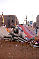 EGYPT / Cairo / The anti-Morsi protesters' camp in the middle of Tahrir Square in Cairo.  © Giulia Marchi