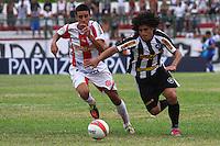 RIO DE JANEIRO, RJ, 10 DE MARCO 2012 - CAMPEONATO CARIOCA - 3a RODADA - TACA RIO - BOTAFOGO X BANGU - Marcio Azevedo, jogador do Botafogo, durante partida contra o Bangu, pela 3a rodada da Taca Rio, no estadio Proletario, Bangu, na cidade do Rio de Janeiro, neste sabado, 10. FOTO BRUNO TURANO  BRAZIL PHOTO PRESS