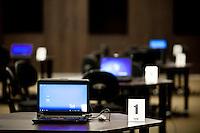Nova Lima_MG, Brasil...Detalhe de um laptop em uma mesa...A laptop on the table...Foto: NIDIN SANCHES / NITRO.