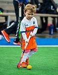ALMERE - Hockey - Hoofdklasse competitie heren. ALMERE-HGC (0-1) . in de rust een kleuter in Oranje tenue .     COPYRIGHT KOEN SUYK