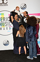 Diana Ross &amp; family at the 2017 American Music Awards at the Microsoft Theatre LA Live, Los Angeles, USA 19 Nov. 2017<br /> Picture: Paul Smith/Featureflash/SilverHub 0208 004 5359 sales@silverhubmedia.com