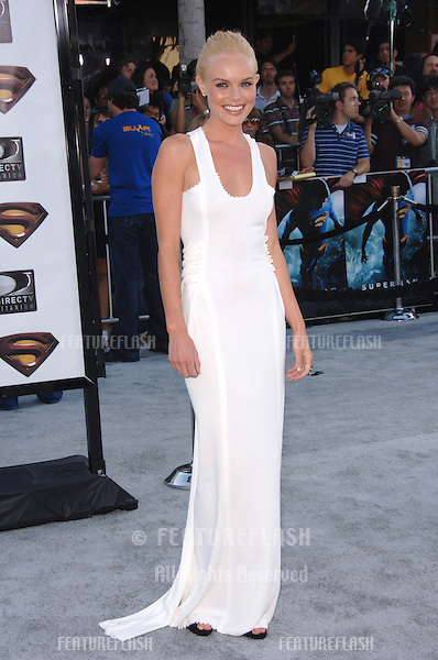 "Actress KATE BOSWORTH at the world premiere of her new movie ""Superman Returns"" in Los Angeles..June 21, 2006  Los Angeles, CA.© 2006 Paul Smith / Featureflash"