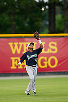 Pulaski Mariners left fielder Jesus Ugueto (40) settles under a fly ball during the Appalachian League game against the Burlington Royals at Burlington Athletic Park on June20 2013 in Burlington, North Carolina.  The Royals defeated the Mariners 2-1 in 13 innings.  (Brian Westerholt/Four Seam Images)
