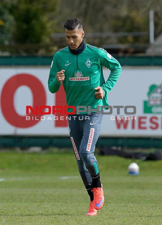 03.04.2015, Trainingsgelaende, Bremen, GER, 1.FBL, Training Werder Bremen, im Bild Davie Selke (Bremen #27)<br /> <br /> Foto &copy; nordphoto / Frisch