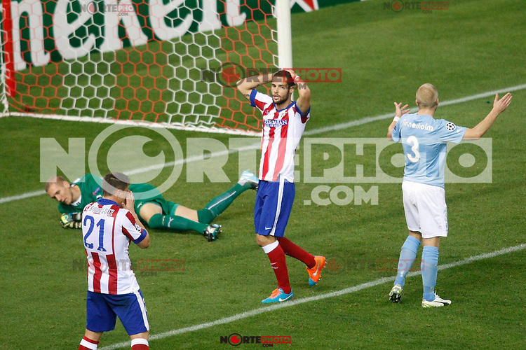 Atletico de Madrid´s Mario Suarez regrets missing a chance during Champions League soccer match between Atletico de Madrid and Malmo at Vicente Calderon stadium in Madrid, Spain. October 22, 2014. (ALTERPHOTOS/Victor Blanco)