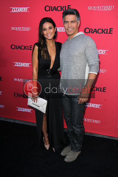 Emmanuelle Chriqui, Esai Morales<br />