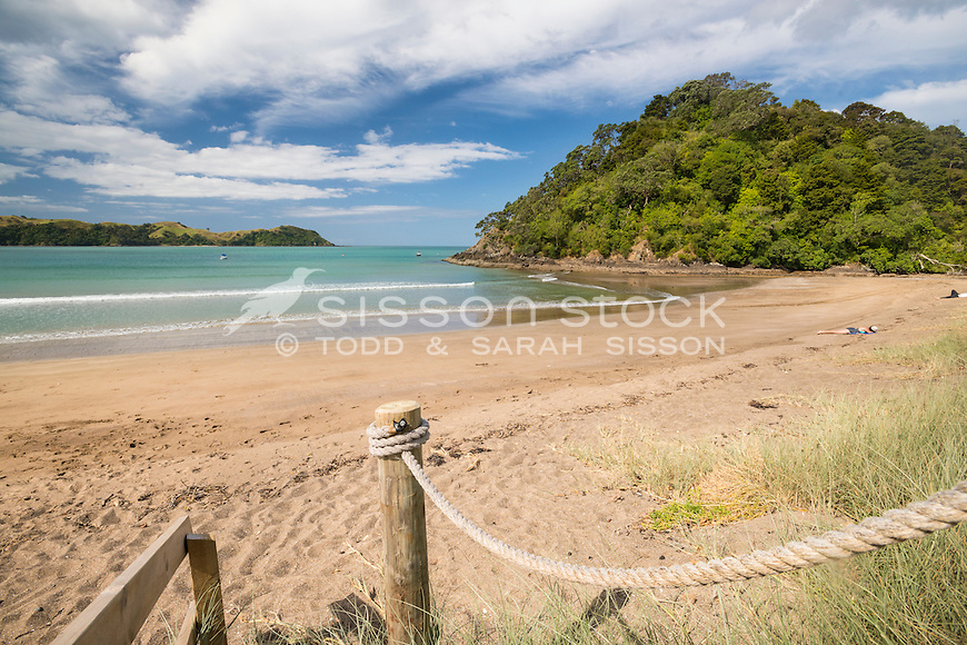 Photo of Teal Bay / Ngariwi Bay, Northland Beach, Summer holidays  - stock photo, canvas, fine art print