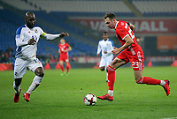 (L-R) Felipe Baloy of Panama challenges Ryan Hedges of Wales during the international friendly soccer match between Wales and Panama at Cardiff City Stadium, Cardiff, Wales, UK. Tuesday 14 November 2017.